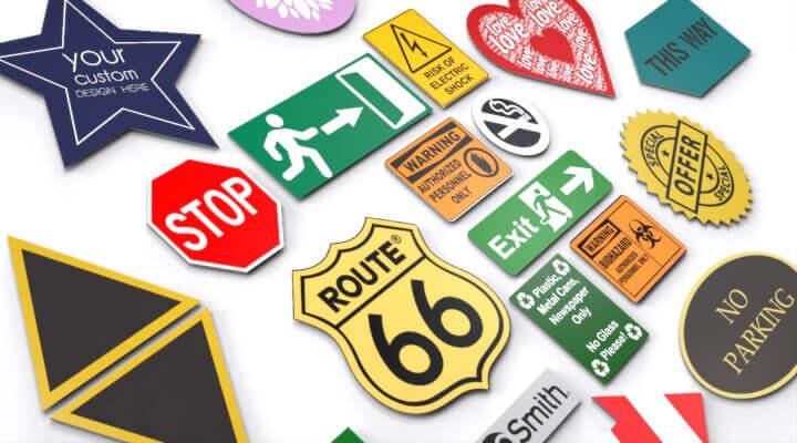 signs.plastic